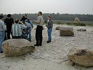 Mitglieder des Schiessvereins Wippingen am Steinkreis