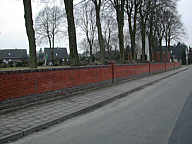 Die neue Friedhofsmauer