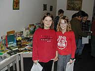 Zwei Besucherinnen auf der heutigen Buchausstellung