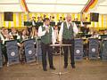 Schützenkapelle mit den Sängern Helmut Kaiser, Lambert Rehbock
