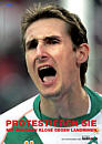 Plakat: Fußballer Klose ruft zur Unterstützung der Landminenkampagne auf.