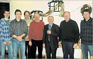 Silberne Ehrennadel für Hermann Haasken