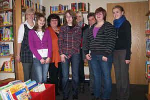 Die Gruppe der ehrenamtlichen Mitarbeiterinnen der Bücherei