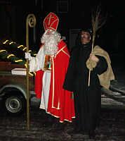 Der Nikolaus mit seinem Knecht vor zwei Jahren bei seinen Hausbesuchen