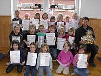 Die Vorschulkinder des Kindergartens mit Franz Schmitz