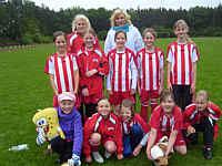 Die Mädchenmannschaft der Grundschule Renkenberge-Wippingen