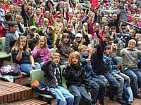 Wippinger GrundSchüler in der Freileichtbühne in Meppen