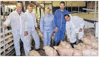 von links: Hermann Krallmann, Heinz Dirksen, Doris Schröder, Hermann-Josef Pieper, Ludger Trecksler | EZ-Foto Gerd Schade