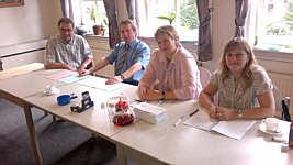 Der wahlvorstand, zweite Schicht: v.l.: Norbert Westhoff, Bernhard Gerdes, Kordula Bicker, Margot Richert