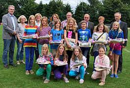 Ehrung der Mädchen-Fußballmannschaft des Schuljahres 2010/2011 durch die SG Lathen