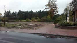 Parkplatz an der Volksbank nach Beginn der Arbeiten