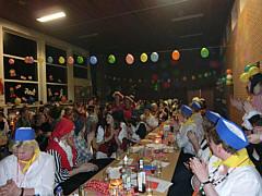 Blick in den Saal des Wippinger Frauenkarnevals 2013