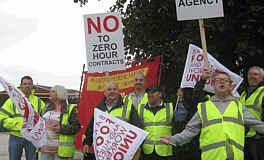 Proteste gegen Null-Sunden-Arbeitsverträge bei der Hovis bakery in Wigan
