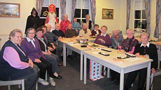 Der Nikolaus beim Begegnungsnachmittag der Senioren