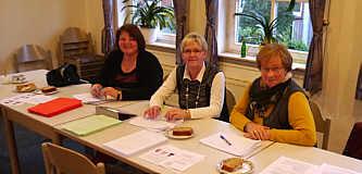 WahlhelferInnen, v. l. Maria Wester, Marianne Kuper und Änne Hempen
