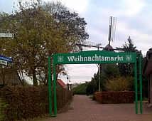 Tor zum Weihnachtsmarkt