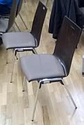 neue Stühle in Mehrzweckhalle