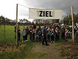 Start zum Lauf- und Erlebniswandertag in Wippingen
