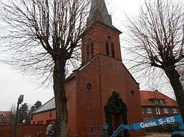 Kirchturm ohne Zifferblätter