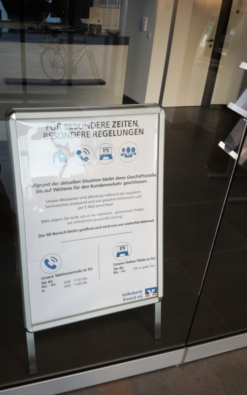 Hinweisschild in Volksbank Emstal Wippingen
