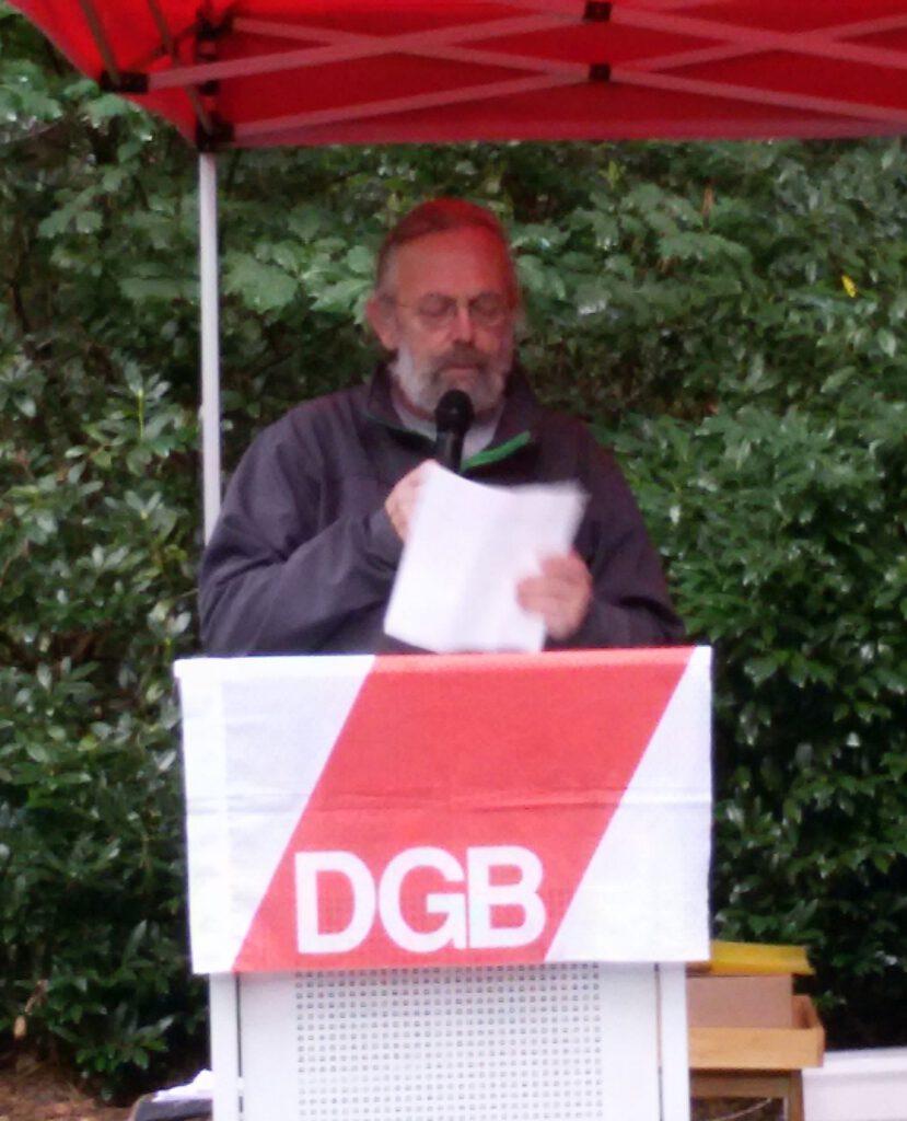 """Georg Scharnweber, Sohn des """"Moorsoldaten"""" Hans Möller"""