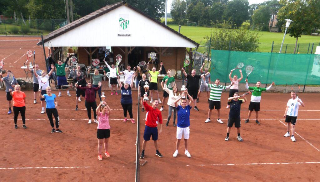 Die Teilnehmer am Doppelturmnier des Wippinger Tennisvereins 09-2020