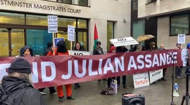 Protest für Freilassung von Julian Assange in London, Foto von Pressenza