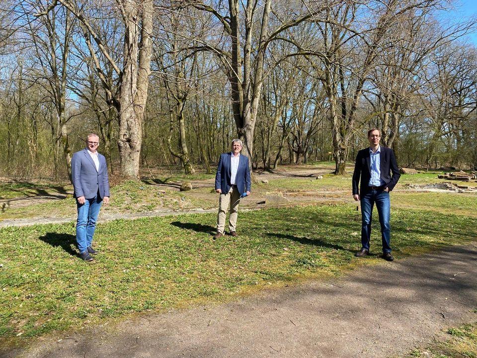 v.l. Helmut Wilkens (Lathen), Günter Wigbers (Sögel) und Hermann Wocken (Dörpen)
